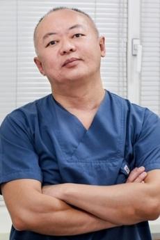 Пластический хирург Дмитрий Пак