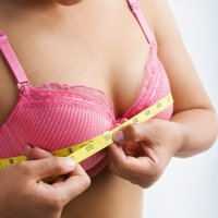 Новый тренд на увеличение груди