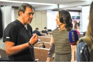 Пластический хирург Сергей Блохин дает интервью