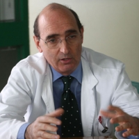 В Италии пластический хирург лечит мигрантов из Ливии